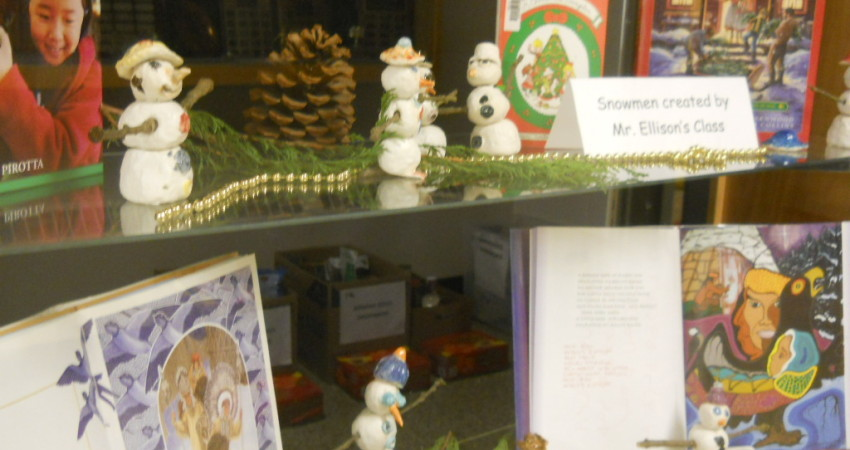 Div. 2 Snowmen Display