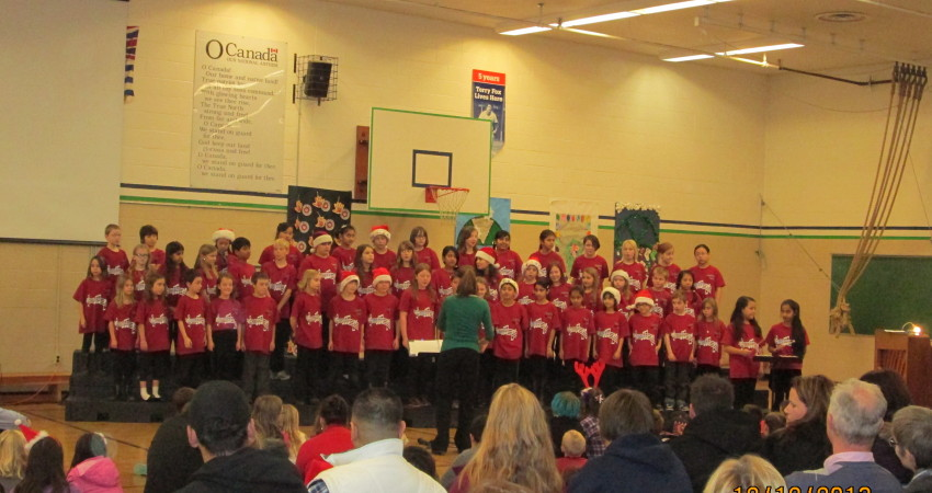 Choir at Craft & Carol Night